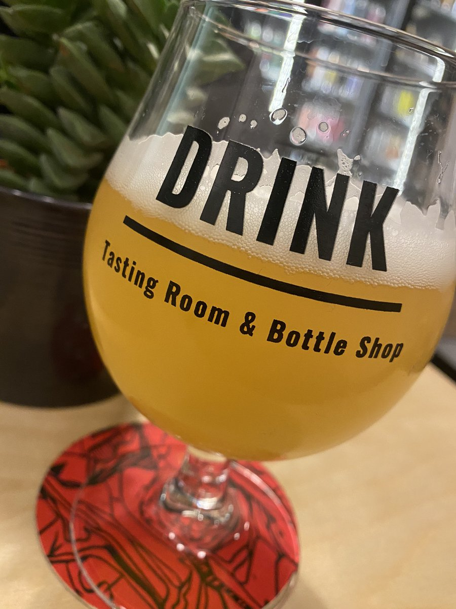 Cracking new Tasting Room and Bottle Shop opened in #Biggleswade #Bedfordshire called @drinkbiggles. It really is a fantastic little find #craftbeer #craftale #paleale #IPA #Pilsner #Stout https://t.co/RhyqC9QORa