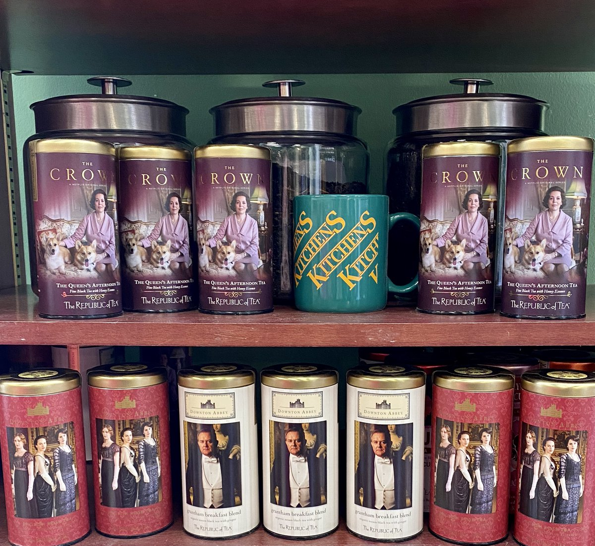 Who's ready for The Crown season 4 to be released in November on Netflix? Get ready for the new season with The Crown Tea from our Kitchens store at Branson Landing! They also have some great Downton Abbey teas too. #TheCrown #DowntonAbbey #Tea #TeaTime https://t.co/lMKiwNjMLU