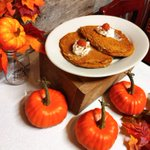 Image for the Tweet beginning: Pumpkin Spice Pancakes & house-made