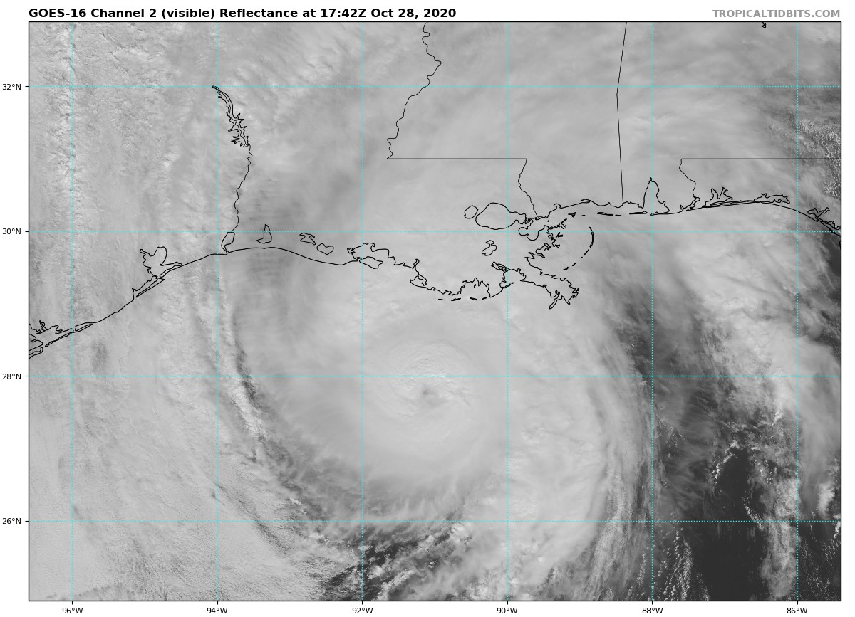"""Just an absolute disaster is about to take place! Near CAT3 #Zeta has """"overachieved."""" #NewOrleans and small cities along the Mississippi coast did not evacuate, so this will be the worst hurricane event for the central Gulf Coast since #Katrina. https://t.co/pqRkyQrA6V"""
