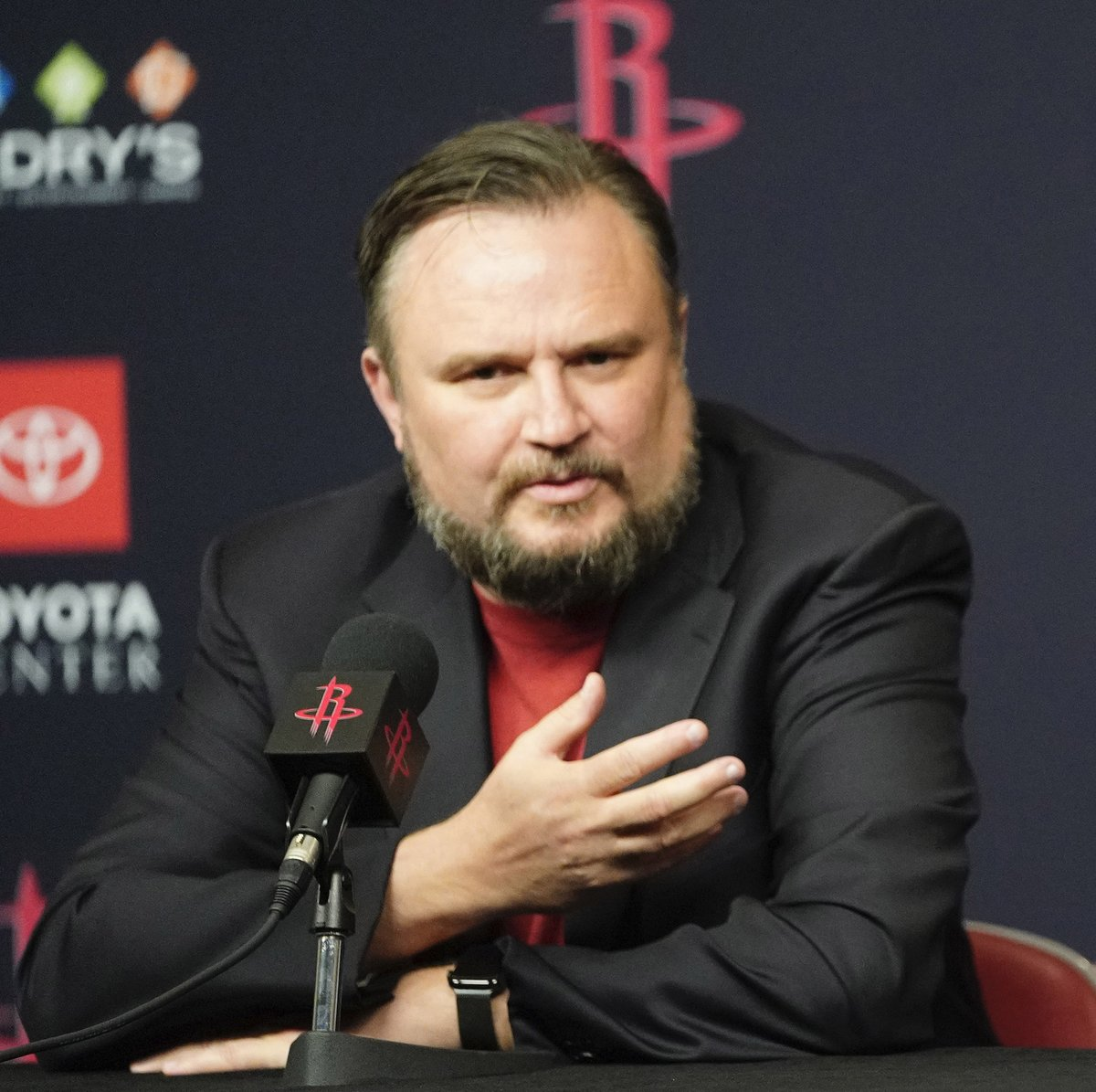#NBA story: Daryl Morey traded for James Harden, Chris Paul and Russell Westbrook with the #Rockets. Who would he go after for the #Sixers – and who would he be willing to deal? https://t.co/Mkh0120kfj https://t.co/o9uFh6hc8W