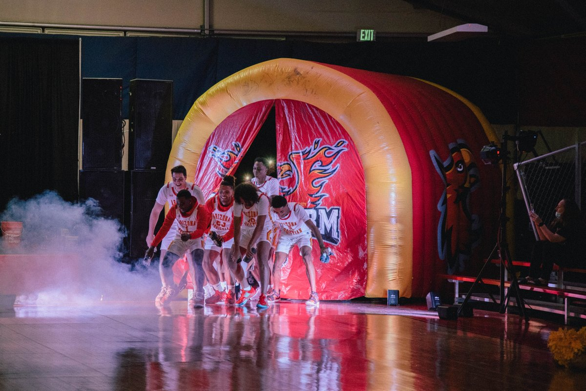 Last night we kicked off our ACU basketball season with our annual Firestorm Frenzy Event! Students, staff and faculty showed up for a night full of ACU spirit, crazy dunks, incredible student-athlete talent, and more! What a great way to start the season! #rolltide https://t.co/WJ3XBJSqzR