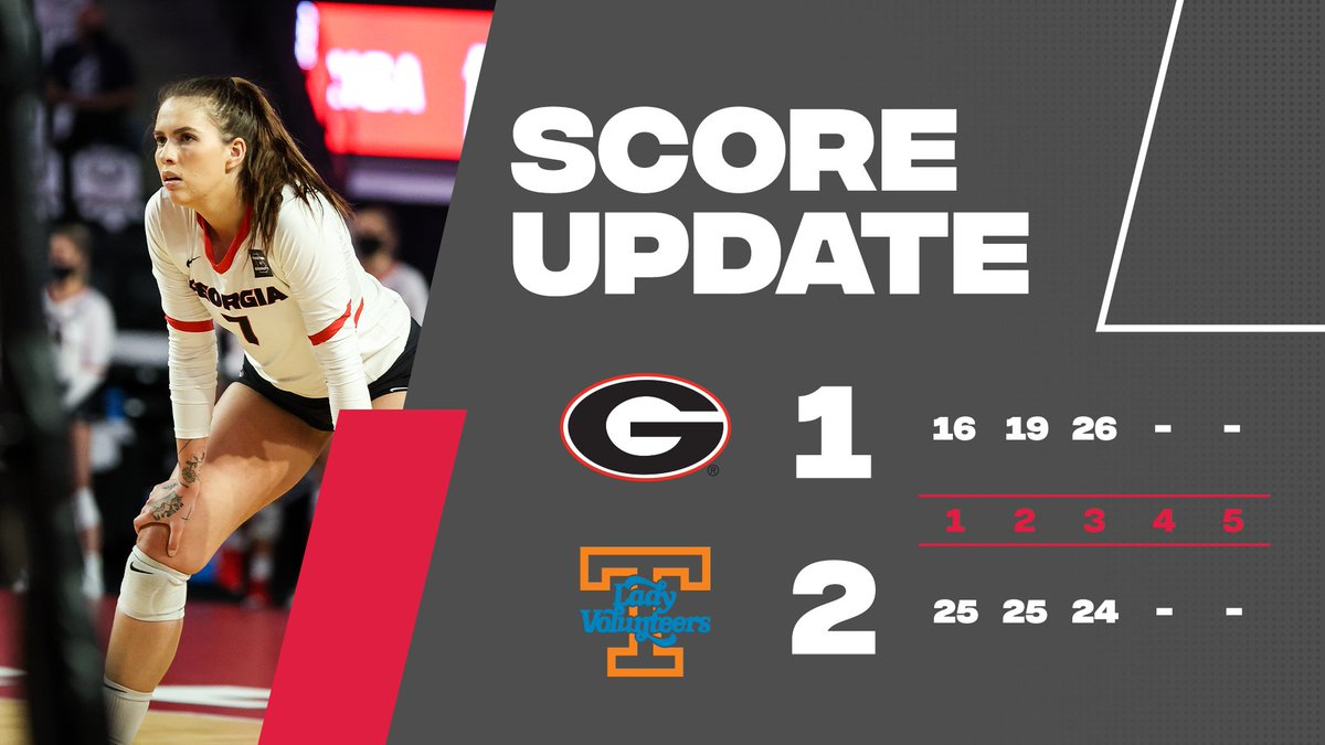 𝒮𝓉𝒶𝓎𝒾𝓃' 𝒶𝓁𝒾𝓋𝑒  The Dawgs win set three to keep this midweek match going in Knoxville!   After 3️⃣ 🐶 1 🔶 2  #GROW | #GoDawgs https://t.co/7o0YOWF1VO