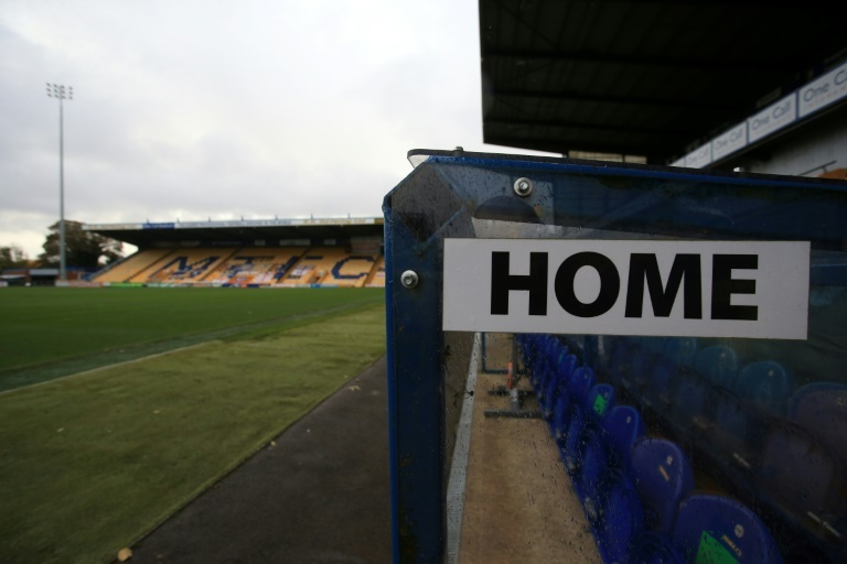 Lower-league football clubs 'face extinction' without rescue package Mansfield (United Kingdom) (AFP) – Football clubs outside the  Premier League that are the beating heart of the English game will vanish unless a financial rescue package is agreed immi… https://t.co/tLrzymIdj8 https://t.co/hqqcdrwVdG