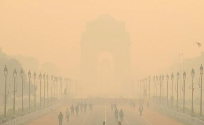Green Panel Suggests Action Plan For Air Pollution In Coming Years https://t.co/YApJRfrHit https://t.co/RPZvG7mqop