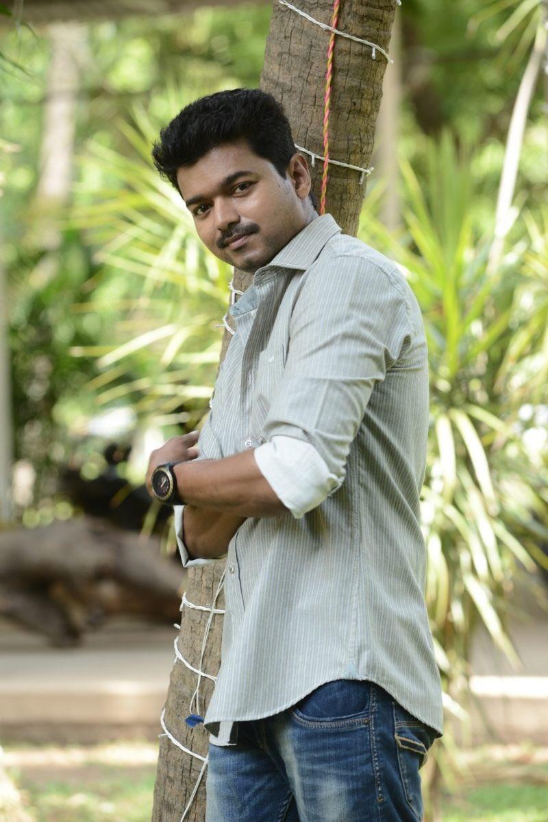 #GoodMorningTwitterWorld  #Vijay #Master #throwback #thalapathi https://t.co/wPQfbBEjQ0