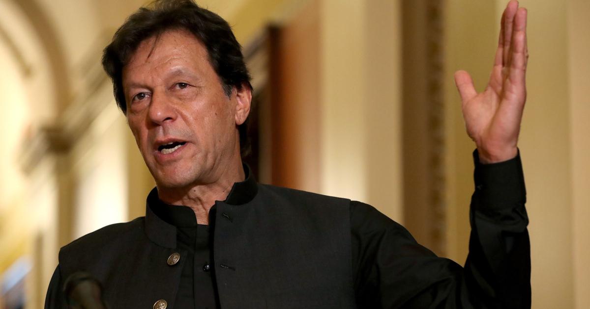 Pakistan's Imran Khan urges Muslim unity against Islamophobia