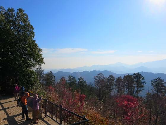 紅葉狩りにおすすめ!  高尾山を登山した全記録 おすすめコースは?  詳しくはコチラ→https://t.co/ReJ12Cxf0o  ※写真は過去のものです。  #高尾山 #登山  #ハイキング #ハイキングコース #紅葉 #紅葉狩り  #絶景 #旅 #旅行  #歩いてみたブログ #iwalkedblog https://t.co/j46cWOeOpY