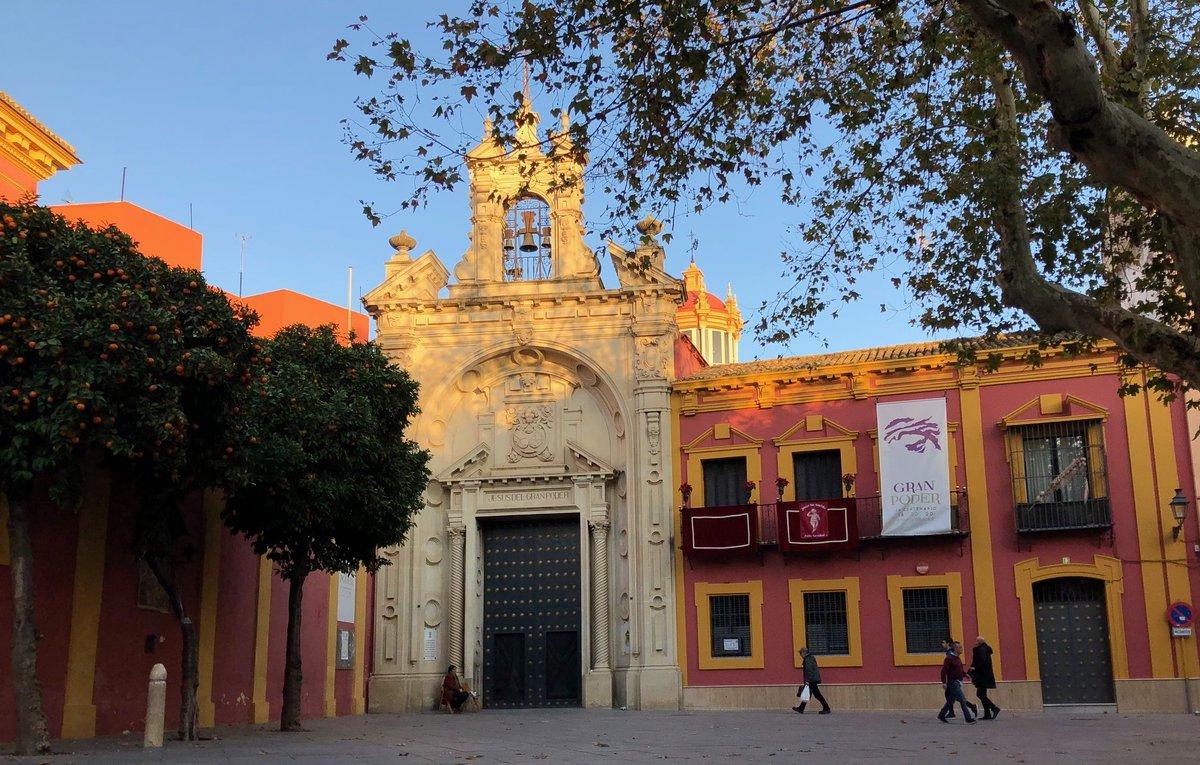 Mañana viernes 30 de octubre, de 10h a 14h. campaña de vacunación de la gripe por @dsapsevilla en las dependencias de la Hermandad en Plaza de San Lorenzo 13. https://t.co/HTIegSMnSA