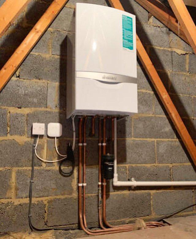 RT https://t.co/2UficZD4ic Boiler Repairs, 24 Hour Emergency Plumbers, Call Free:- 0800 710 1074 #plumber #plumbinglife #plumbers #heating #plumbersofinstagram #waterheater #draincleaning #bat… https://t.co/W2yKBH5jv7