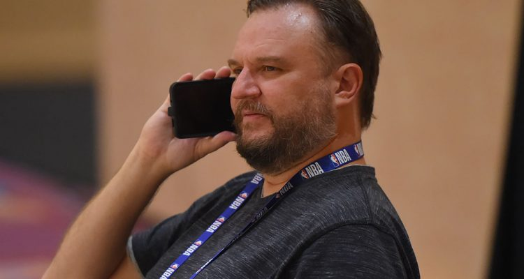 SOURCE SPORTS: 76ERS FINALIZING A DEAL FOR DARYL MOREY TO OVERSEE BASKETBALL OPERATIONS https://t.co/QLsW2Ks3f0 https://t.co/qEID5rvmCB