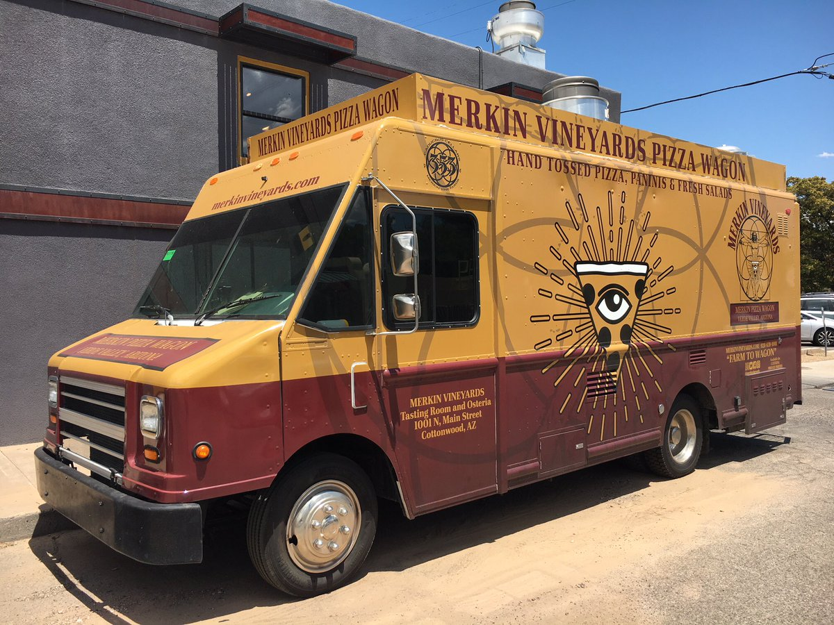 Heading to Jerome today for the #ExistentialReckoning listening party? Look for the Merkin Pizza Wagon across the street from @BarbiferJerome from 12-6 pm. Serving up hand-tossed pizza, hot dogs & fresh salads all day. #farmtowagon #jeromeaz #puscifer https://t.co/cRDKPOfkJC