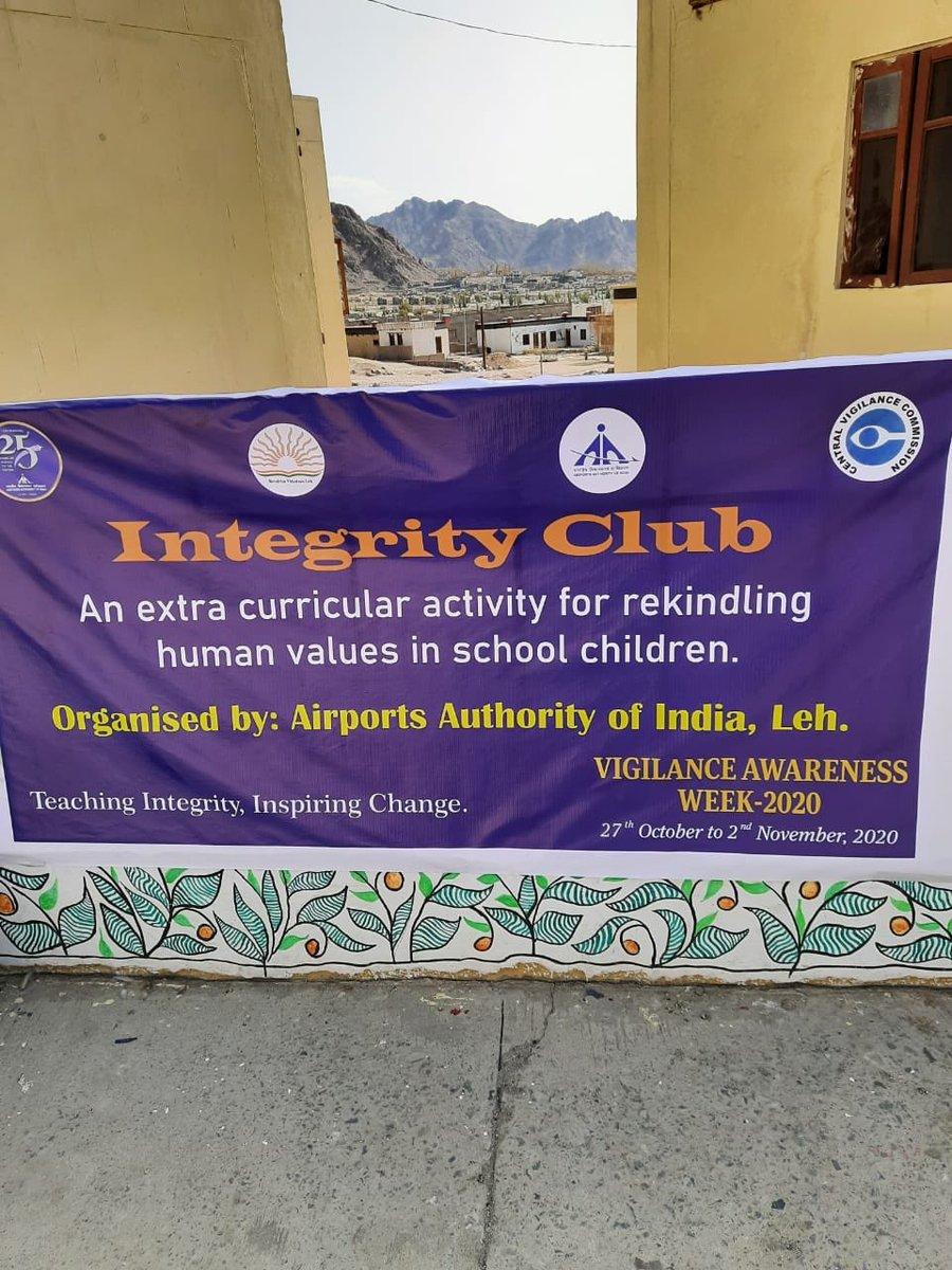 (1/2) KBR Airport Leh is observing #VAW from 27th Oct to 2nd Nov 2020. AAI Leh organised an essay competition on anti corruption and vigilance on 29-10-2020 under our integrity club at Kendriya Vidyalaya School, Leh. #vigilanceweek2020 #stayvigilant_aai @CVCIndia @AAI_Official https://t.co/KyfJxWMMse
