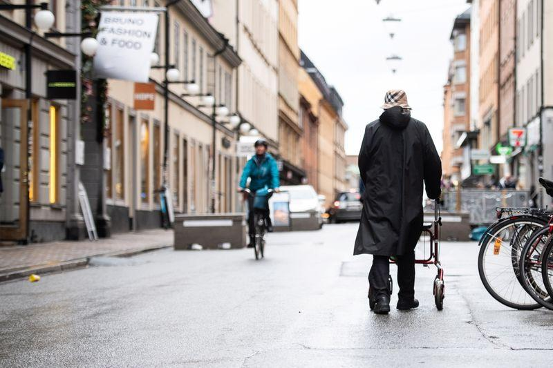 Sweden posts daily COVID-19 case record, tightens recommendations