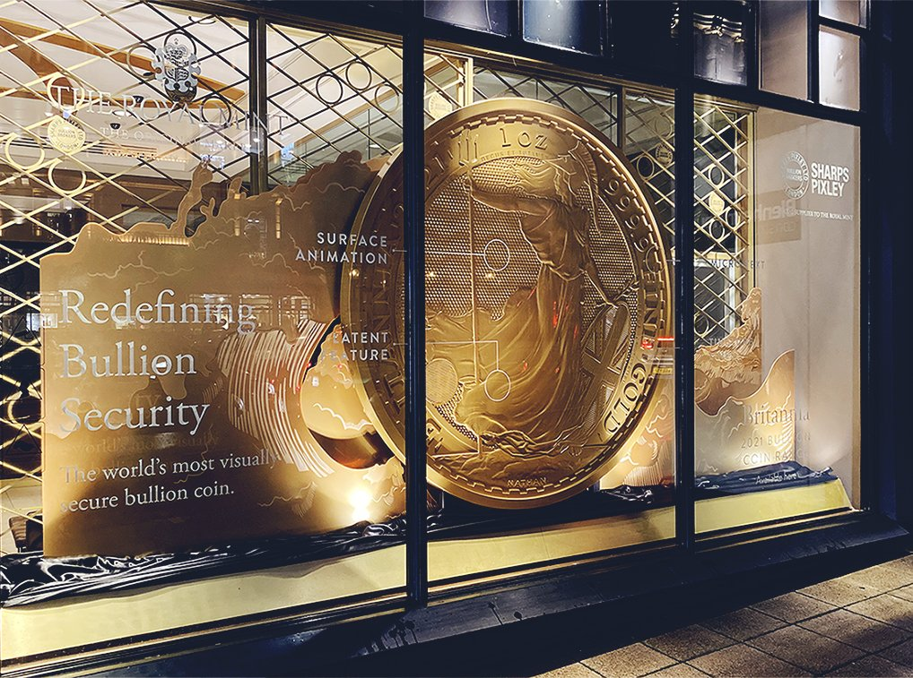 2.2m in diameter, 100mm thick and taking 2 weeks to produce, a model of the world's most visually secure coin is currently taking pride of place in @SharpsPixley's window in London. Discover how Britannia 2021 has redefined #bullion security: https://t.co/JbrMVMmWU8 #gold https://t.co/YHf6q0xSA3