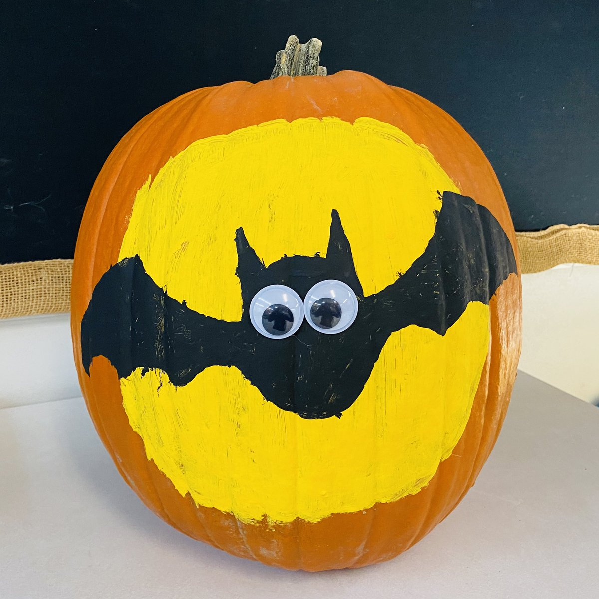So many great designs to choose from! 🎃 Students voted on their favourite and we turned it into our class submission for the Painted Pumpkin Contest. Well done 2C! 🦇 @StAnneOCSB #spiritweek #pumpkincontest #bat #fullmoon #halloween https://t.co/YlMMb6a564