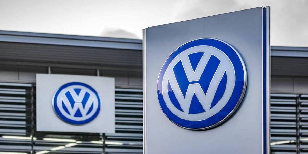 3.2 مليار يورو أرباح #فولكسفاغن في الربع الثالث  • الطلب القوي في #الصين ساعد شركات السيارات على تجاوز تداعيات #كورونا