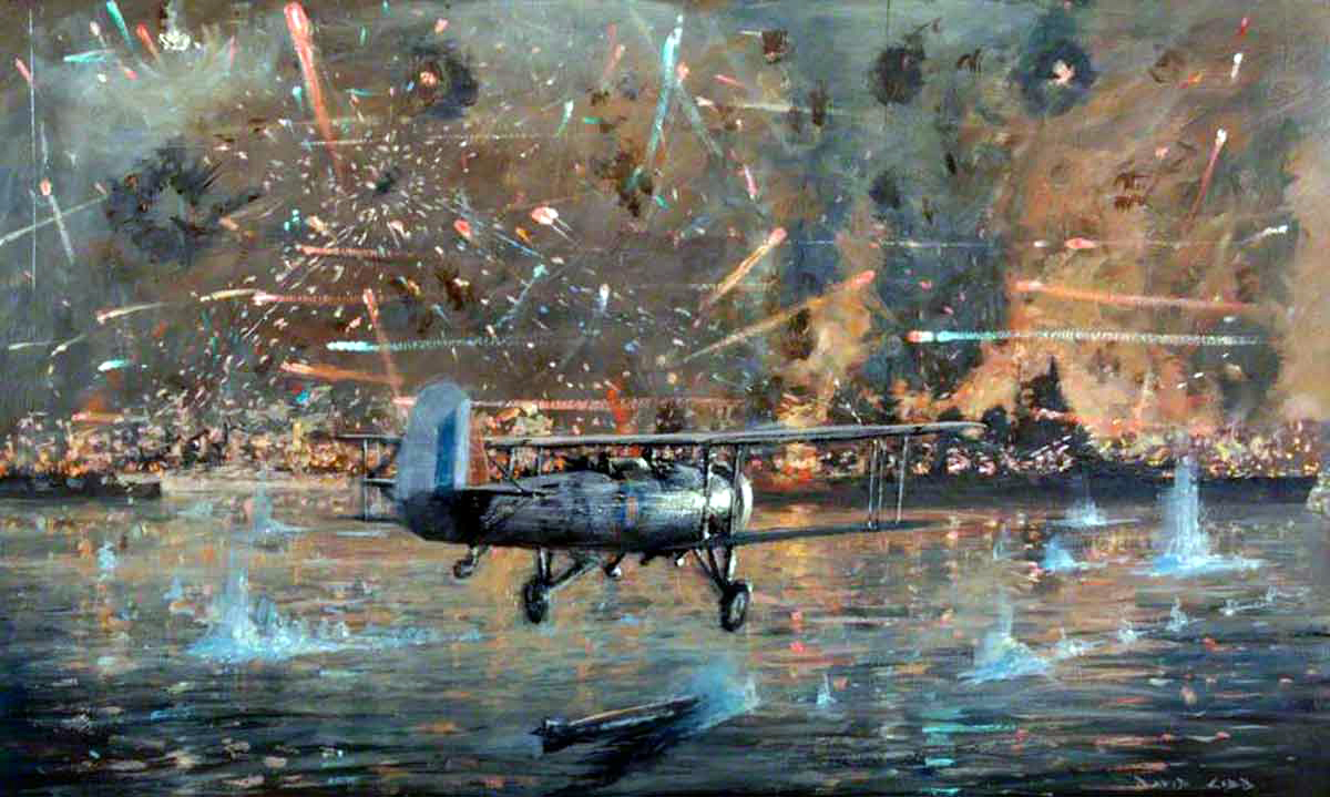 Celebrate the finest hour in Fleet Air Arm history - with a virtual Taranto night. Charity @NavyWingsUK wants you to donate £10 to join the 80th anniversary of the raid which knocked out the Italian Fleet in harbour - and raise money for FAA heritage. ow.ly/Ac5m50C6kyc