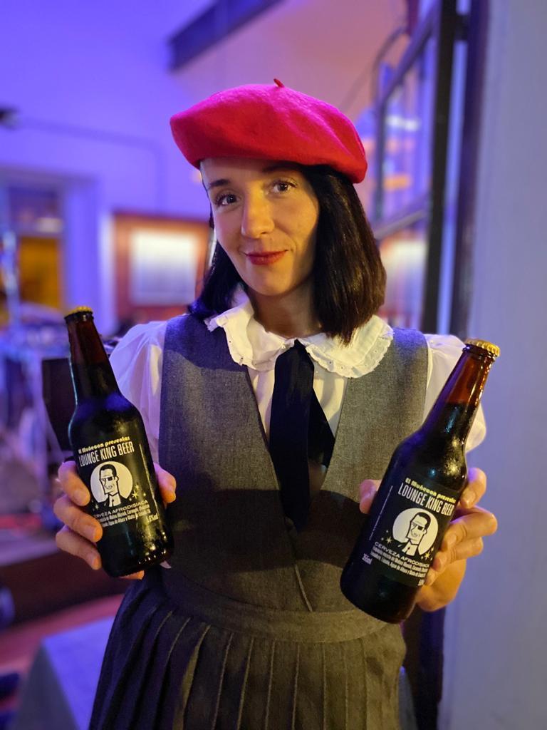 @pavlog @r101ck LOUNGE KING BEER por supuesto. #cerveza #artesanal https://t.co/5g3mpGLJwu