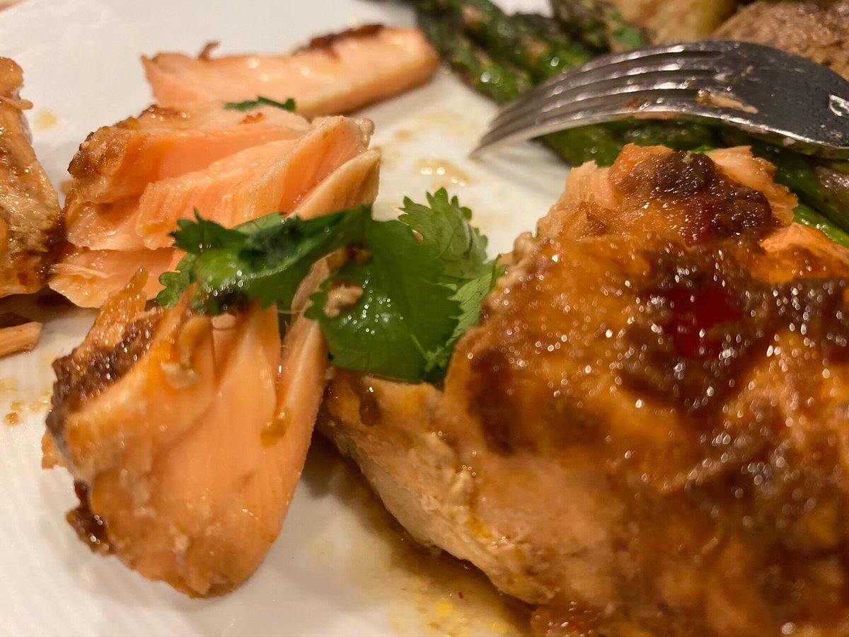 Some spice in your Salmon at home. Super Simple Thai Salmon! https://t.co/1lOInw2851 #salmon #Thaifood #Doityourself #travel #food #wine #mixology #golf #UndercoverJetsetter #JohnDaly #SusanAnzalone #travellikealocal https://t.co/ulySXupNyr
