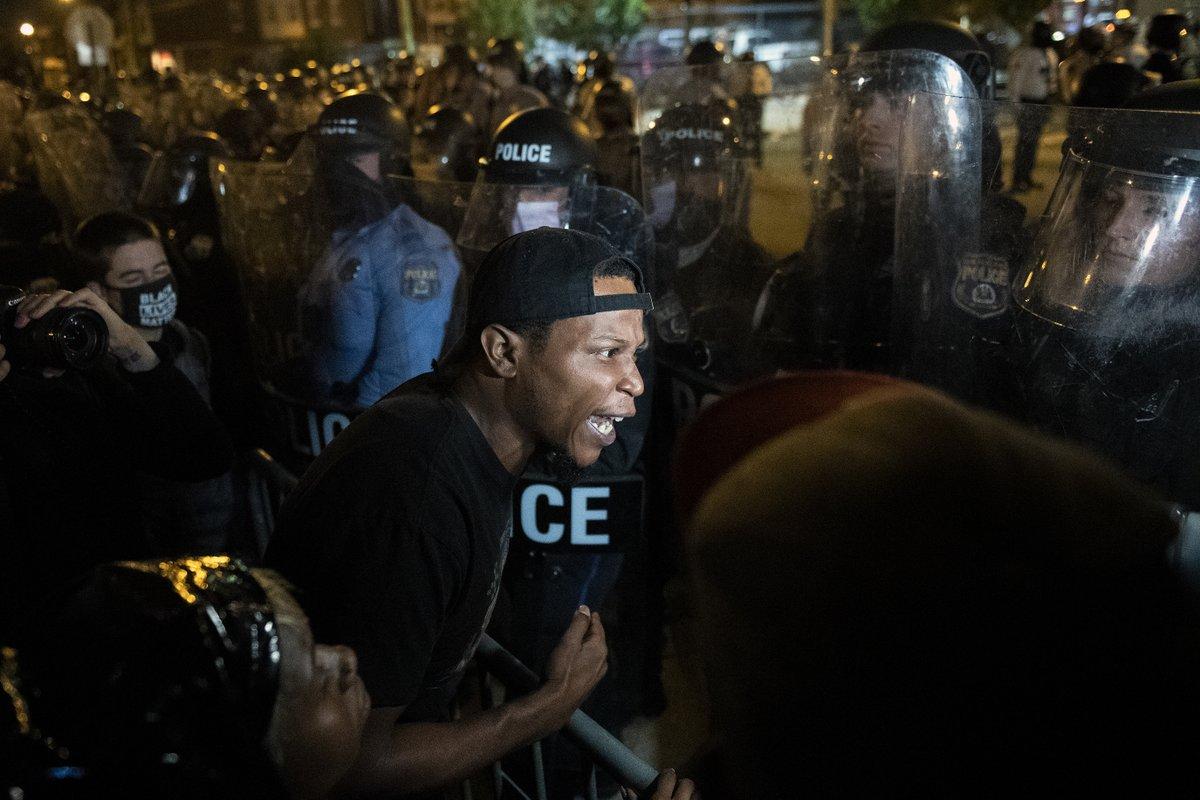 Philadelphia revolts against racism after police killing of black man #Philadelphia #USElection #USElection2020 #BlackLivesMatter  https://t.co/dQUxlYezck via @SocialistWorker https://t.co/Y9hZ4vvUVX