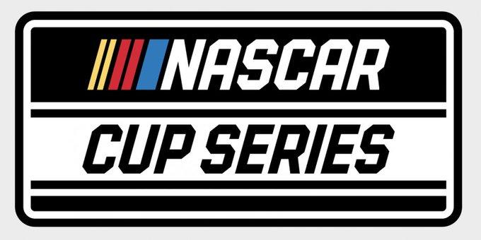 PRÓXIMA COMPETENCIA DE LA @NASCAR CUP !!! DOMINGO 1 DE NOVIEMBRE EN MARTINSVILLE !!! -15.00 HS ARG/URU -13.00 HS COL/PER/ECU -HAREMOS LA COBERTURA GRÁFICA EN @RCULatin !!! -PODRÁ VERLA EN VIVO POR @FOXSportsArg (FOX SPORTS 3) #NASCARPlayoffs NASCAR CUP !!!