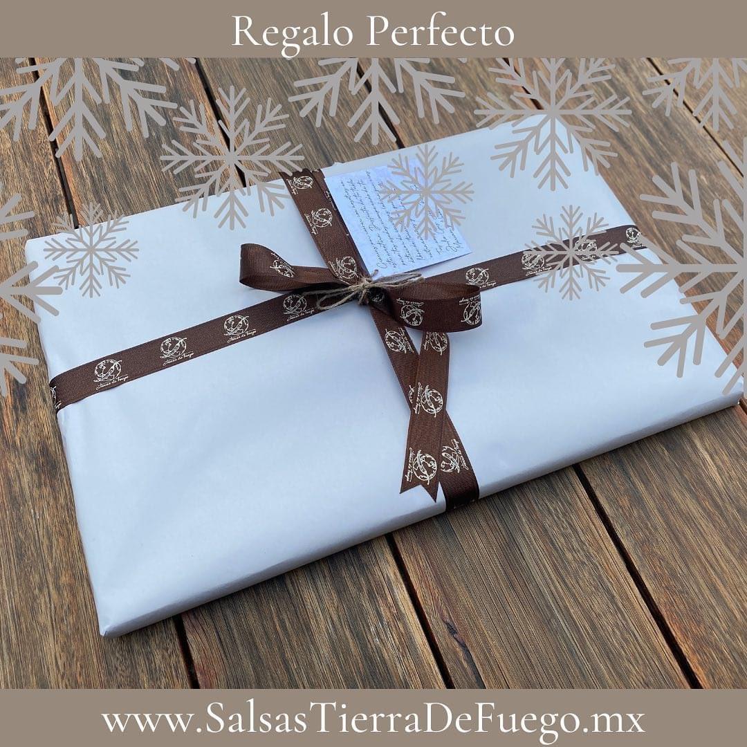 Ya están empezando a salir los regalos de Navidad 🎄  Pide el tuyo ‼️🤩  https://t.co/zdVpk7XNY7   #mequedoencasa #vivamexico #paypal #consumelocal #handmade #artesanal #woodworking #wood #instagood #grill #regalosoriginales #regalospersonalizados #navidad #salsastierradefuego https://t.co/fb8lna1HfB