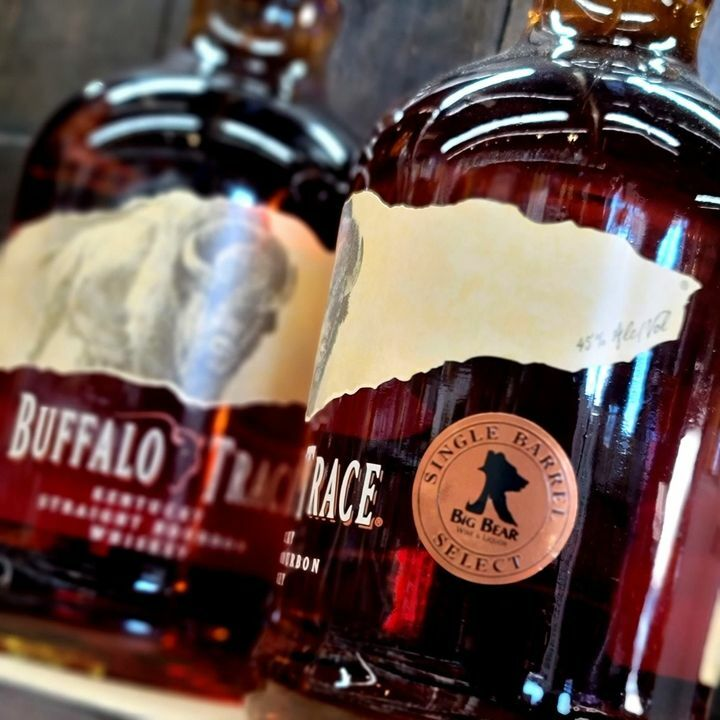 We just got something pretty cool... 1.75 ml bottles of Big Bear Select Buffalo Trace🥃  This a definitely a one of a kind Buffalo Trace only available at Big Bear!  #bravethecave #whiskey #buffalotrace #buffalotracedistillery #pueblocolorado  Buffalo Trace https://t.co/TfZKl31tZf