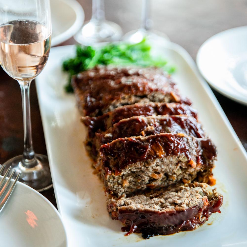ジャパラリア11月号の「ネヴィちゃんのオージー・レシピ」はミートローフです。レシピはクックパッド上「ネヴィちゃんのキッチン」にもアップしてありますので、まだ11月号を入手できていない人はぜひチェックを♪(※レシピはこちら!→ )