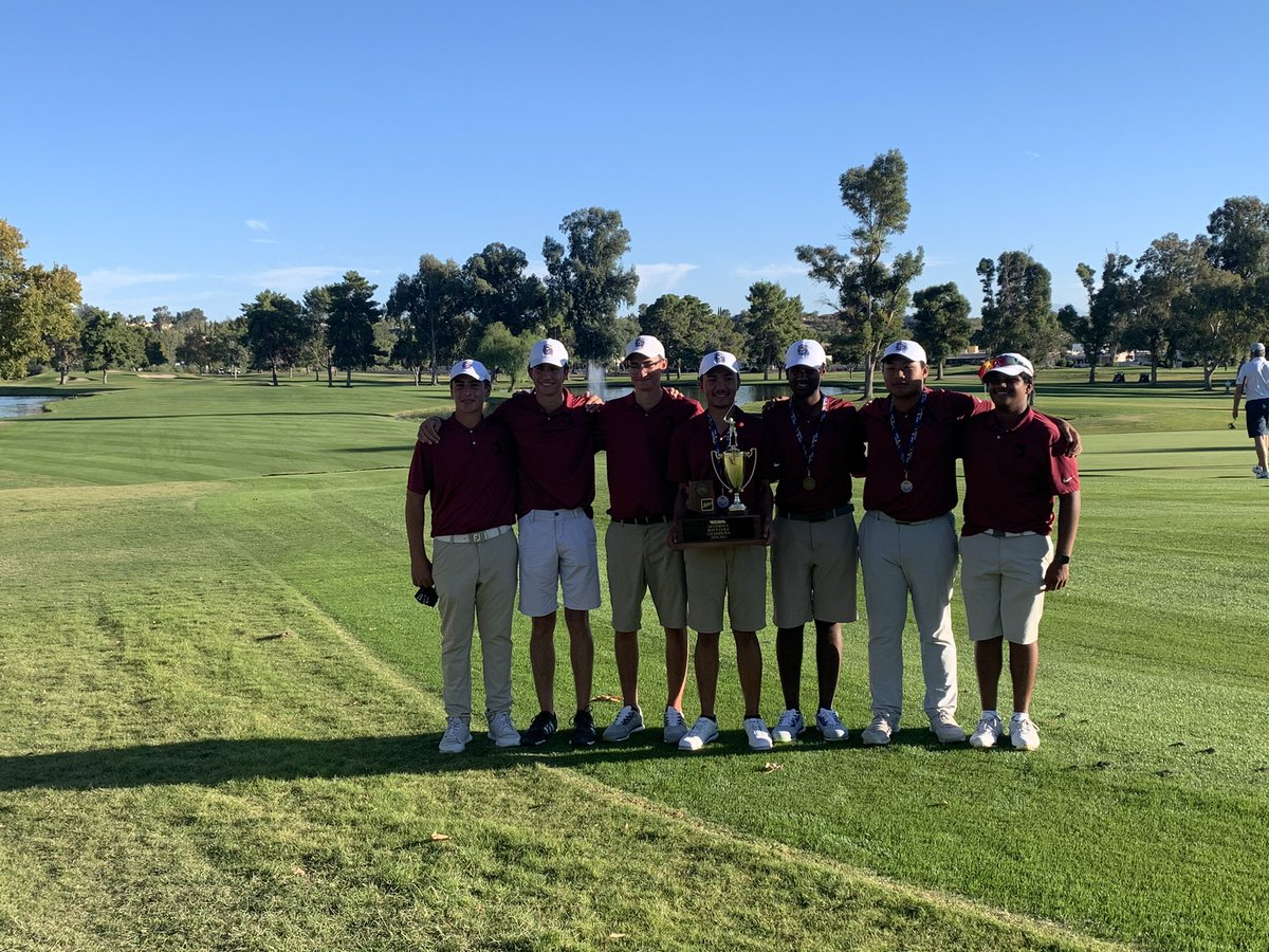 Congratulations to these great group of boys on winning the State Title!! And congrats to junior Mahanth Chirravuri on winning the state individual title!! Proud of these boys and seniors Johnny Walker and Alex Paul! #huskyproud @HHS_Athletics_1 @Hamilton_High @CUSDAthletics https://t.co/G5DjQA9lRG