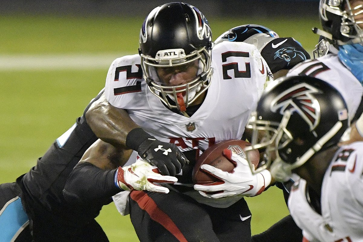 Falcons hold on and keep a 4Q lead to beat the Panthers 25-17 @brgridiron https://t.co/utNrSesG3f