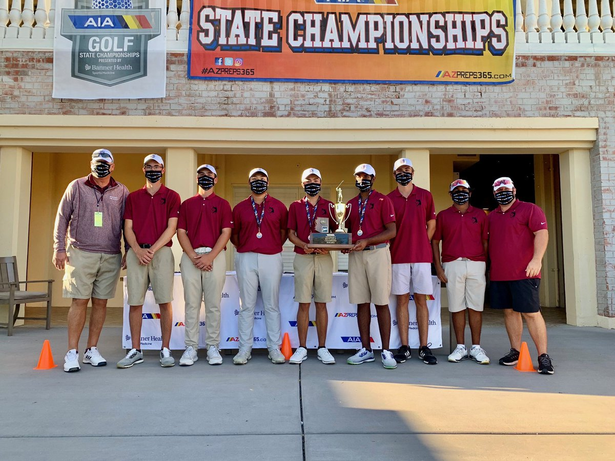 Congratulations to our golf team! Back to back state champions! @HHS_Athletics_1  Husky Proud! https://t.co/1Z0Gg41rRA