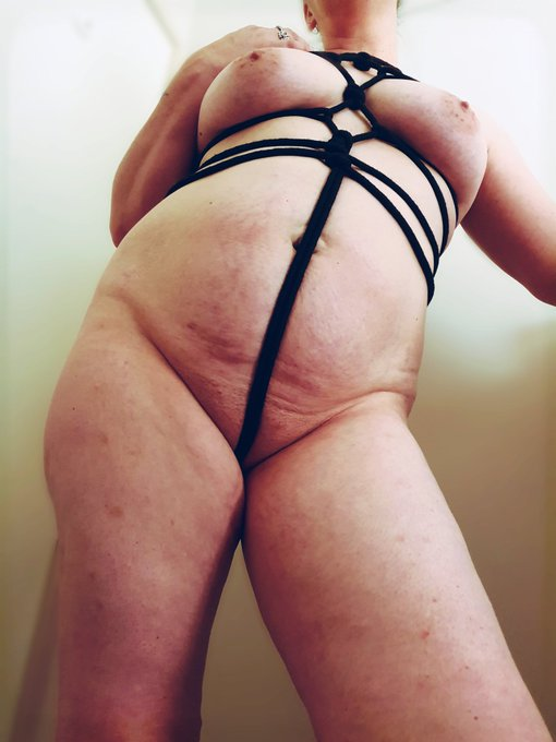 3 pic. Been a while since I've had the ropes out  #shibari #bdsm #bondage #bigboobs #curvygirls #bigbutt