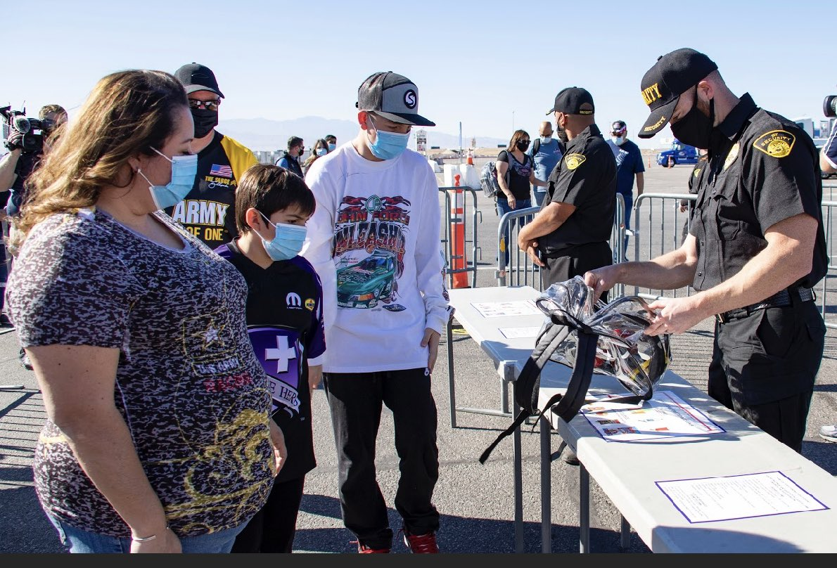 LVMS welcomes fans and media for pre-event safety walk through for the Dodge @NHRA Finals presented by Pennzoil. Story: bit.ly/35LhKXZ #NHRAFinals