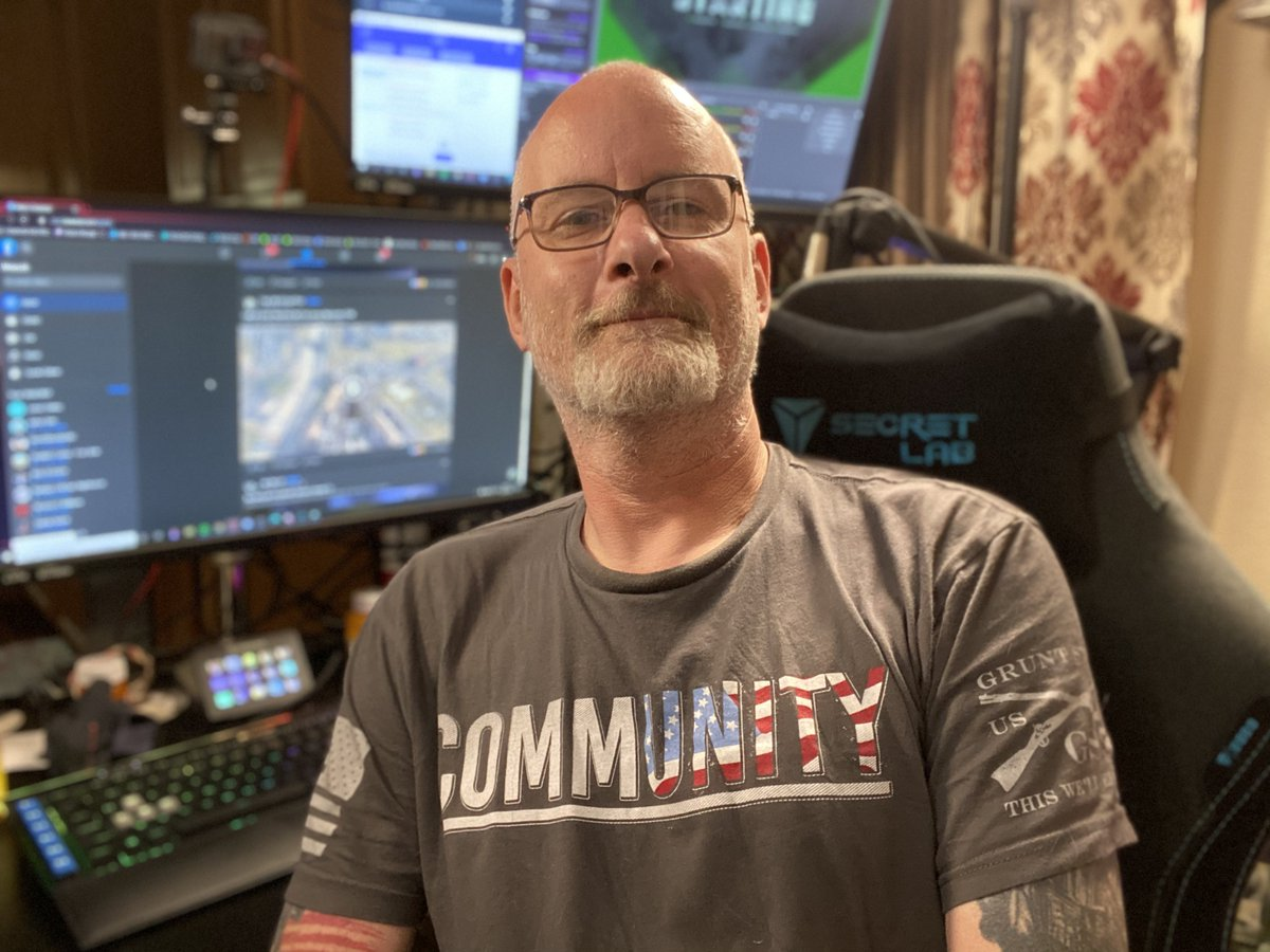 Drinks and @DestinyTheGame tonight. #community from @Gruntstyle and team @TheMarvelFactor Stop by and let's have some fun. #Whiskey #beers  https://t.co/WDYGFGMB15 https://t.co/zrWInMO5OI