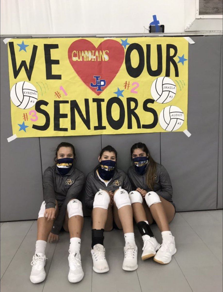 It's hard to believe I played my last district game tonight as a Guardian! But we are not done yet, playoffs here we come! 💙🏐💛#volleyball #seniorszn #unfinished #playoffbound #JPII https://t.co/DTnue9jFff