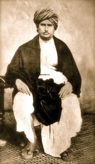 """My homage to social leader & founder of the Arya Samaj, Swami Dayanand Saraswati Ji on his punya tithi.  The first to give the call for Swaraj as """"India for Indians"""" in 1876, he worked towards reviving Vedic ideologies. https://t.co/KFbfnzcPci"""