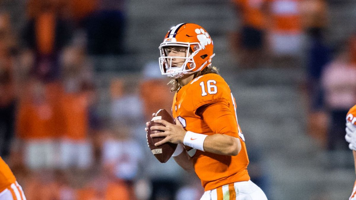 CollegeFootball ― Everything we know -- and don't -- about Trevor Lawrence's coronavirus diagnosis https://t.co/aFmgGWve0l ►  https://t.co/0I4IIflkwI  √ https://t.co/banxs2kJWn