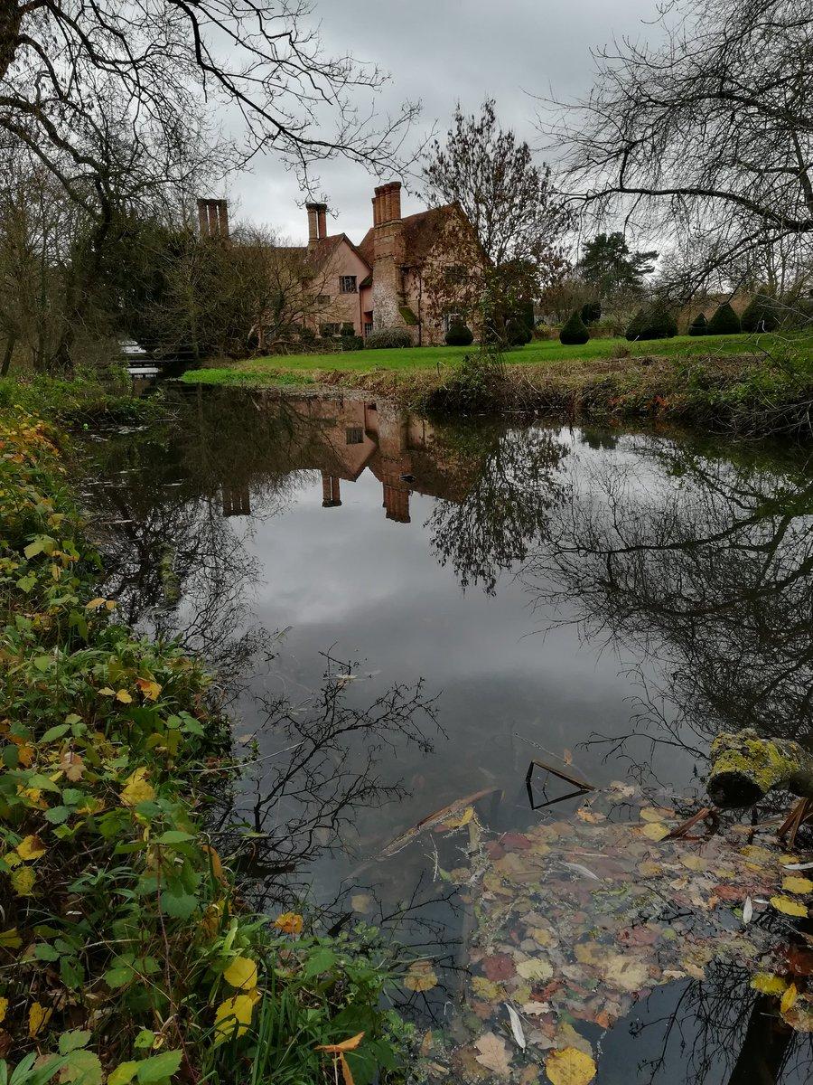Coggeshall abbey, Essex late fall. #thestormhour #ThePhotoHour #naturelove #naturephotography #photography #photographer https://t.co/eLJODucoYl