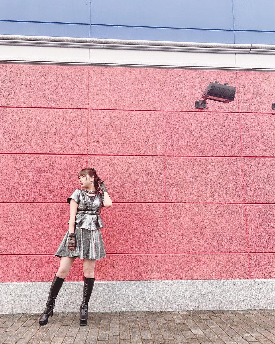 【13期14期 Blog】 新曲 横山玲奈: 12月16日69枚目のシングル発売します!「純情エビデンス/ギューされたいだけなのに」両A面シングルです!嬉しい🌻お楽しみに✽.。.:*・゚ ✽.。.:*・゚ ✽.。.:*・゚ ✽.。.:*・゚ ✽.。.:*・゚…  #morningmusume20 #ハロプロ