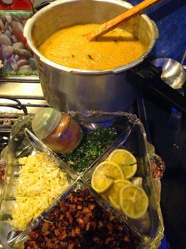 Recette de #haleem #halim une #soupe #daal à l' #agneau, #lentilles et blé, #épicée Pakistan, Inde #Ramadan https://t.co/aE7gdp9AkT https://t.co/LkntbaVvUR
