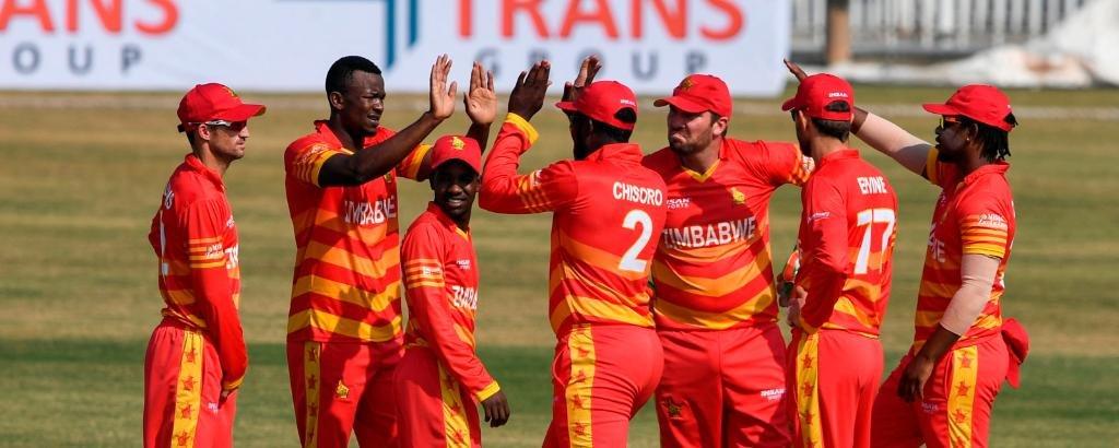 Innings Break: @TheRealPCB 281-8 in 50 overs (Haris Sohail 71, Imam-ul-Haq 58, Imad Wasim 34*, Tendai Chisoro 2/31, Blessing Muzarabani 2/39, Sikandar Raza 1/45) #1stODI | #PAKvZIM | #VisitZimbabwe | #ICCSuperLeague | #BowlOutCovid19