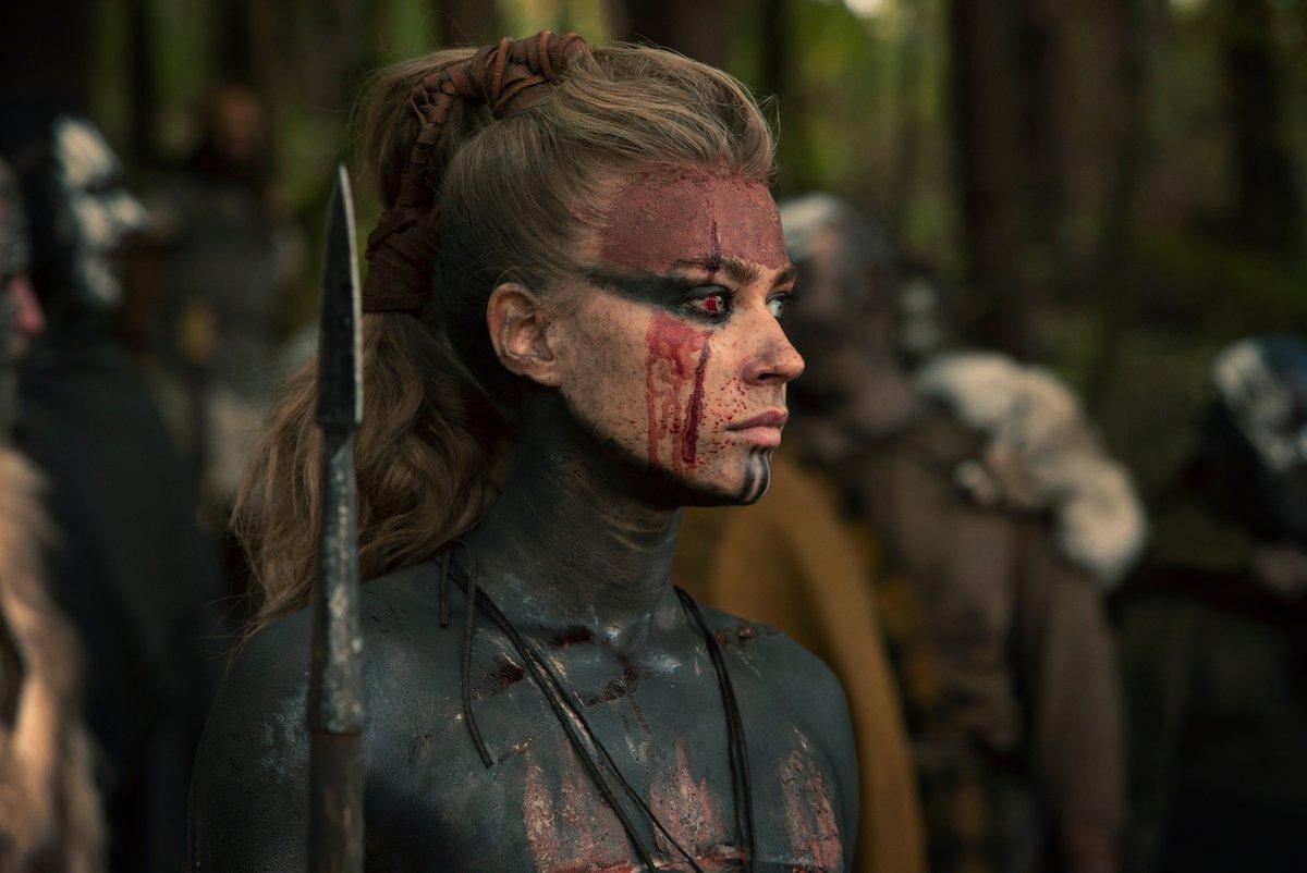 Info sympa : Jeanne Goursaud, qui incarne Thusnelda dans la série Barbares, est une actrice franco-allemande ! 🇫🇷 https://t.co/rlapGuPZne