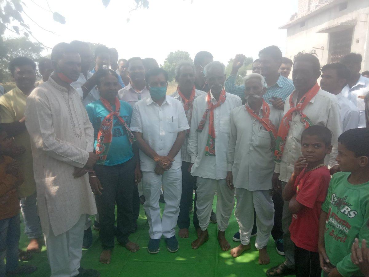 काबीना मंत्री माननीय श्री जगदीश जी देवड़ा का सितामऊ गा्मीण मंडल में दौरा..  @JagdishDevdaBJP #सुवासरा_उपचुनाव https://t.co/k66K8G6gV4