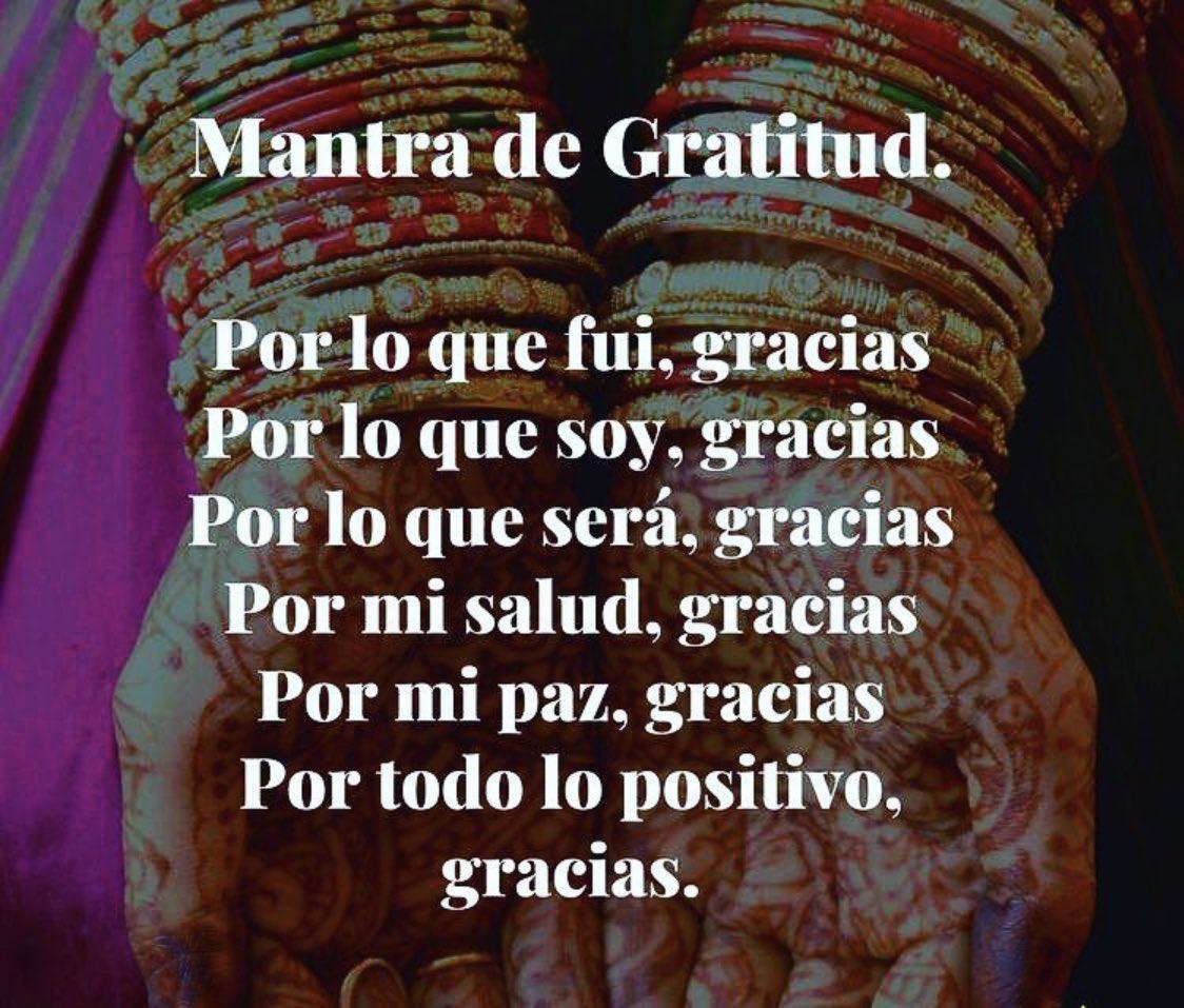 Gracias... siempre 💖 #BuenosDías ☀️🌈 https://t.co/wvzBWX7Y8j