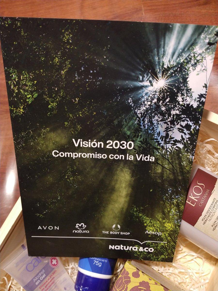 """Natura & Co. presentó los ejes de su Visión 2030 """"Compromiso con la Vida"""", plan de #sustentabilidad con acciones para abordar la crisis climática y la protección de la Amazonía, la defensa de los ddhh y la garantía de igualdad e inclusión, la economía circular y la regeneración https://t.co/hEcDsg1C0z"""
