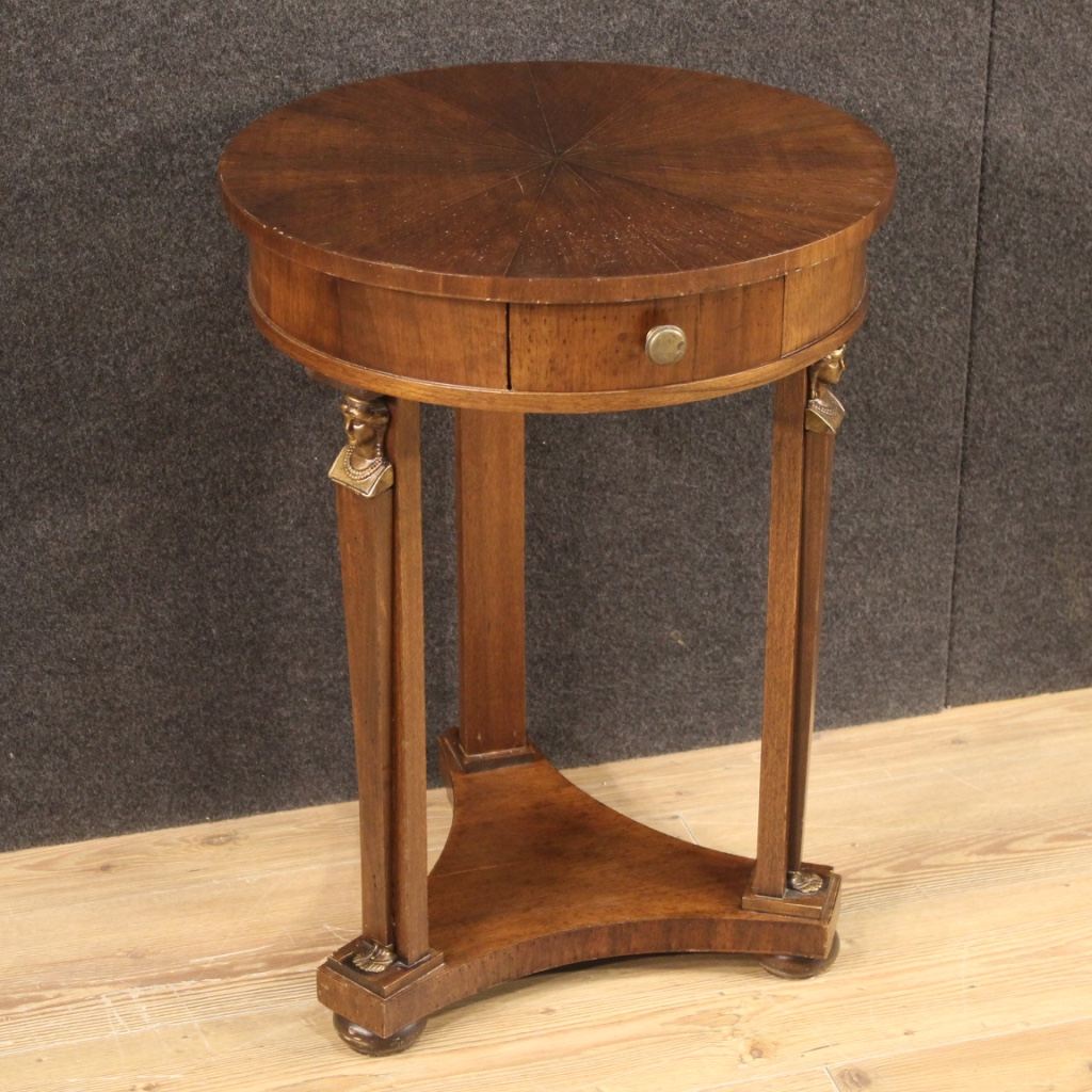 1150€ French side table in mahogany and beech wood - cod 9107 https://t.co/3kEPvZjEHK #FORSALE #antiques #antique #antik #antiqueshop #antiquariato #antiquestore #antiquario #designinterior #antiqueshopping #interiordesign #interiordesigner #antiquedealer #archilovers #table https://t.co/USpvDvEylX