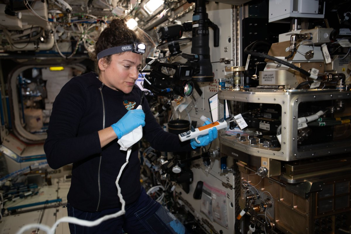 From improving laundry detergent to the development of a technique that could help better predict bridge failure, the study of colloid particles on the @Space_Station has yielded big and wide ranging results. #SpaceStation20th go.nasa.gov/2YX7cm0
