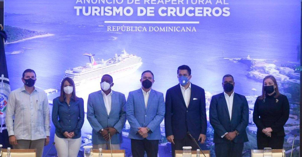 |#Economía | República Dominicana levantará restricciones para recibir cruceros.  Amplíe aquí https://t.co/81ogMIW9UE  #DiarioLibre #Cruceros #CoronavirusRD https://t.co/BK2buE1iBs