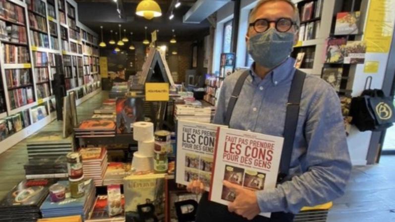 🇫🇷[FLASH] - À #LeMans, une librairie décide de rester ouverte en signe de protestation contre leurs fermetures. Le gérant clame :